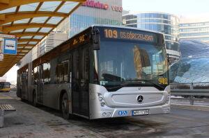 Mercedesy na gaz, elektryczne solarisy. 90 nowych autobusów dla Warszawy