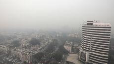 Zanieczyszczone powietrze w Nowym Delhi (PAP/EPA/RAJAT GUPTA)