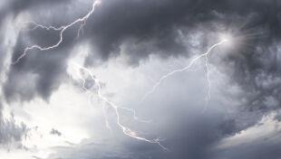Groźna pogoda w Polsce. Są alarmy IMGW nawet drugiego stopnia