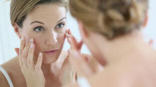 Naukowcy ustalili, dlaczego nasza skóra się starzeje