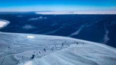 Lodowiec Szelfowy Larsena w Arktyce